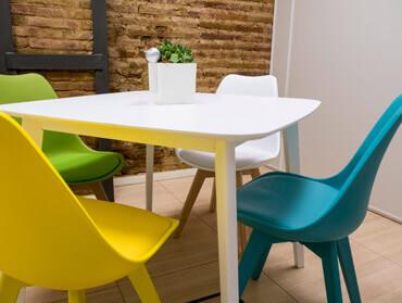 En Vortex Coworking puedes encontrar alquiler de salas de reuniones por horas a 15€/h + IVA.